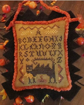 Homespun Elegance - Wicked Cat Sampler - September