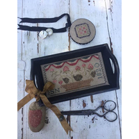 Stacy Nash Primitives - Berry Basket Sewing Tray, Pin Disk and Strawberry Pinkeep